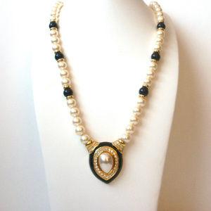 Napier Enameled Pearl Rhinestones Necklace 112916